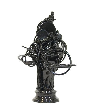 Black figure #42 Maria